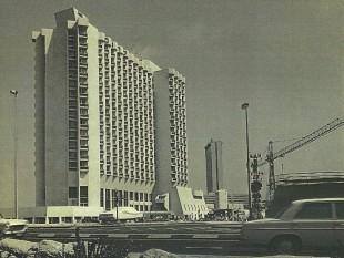 Dan Panorama 1