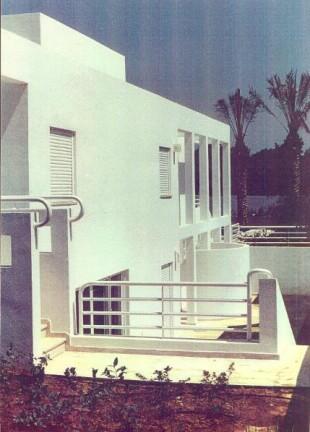 03 - Mozes House 1